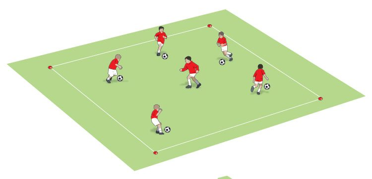 U8 make poke tackles in a 1v1 game - part 1
